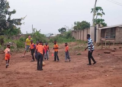 sportlehrer-als-schiri-beim-fussball