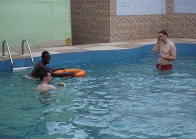 wie-wir-osei-schwimmen-beibrachten